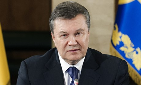 Photo: Yanukovych says he got to Russia thanks to officers who helped save his life / Politics