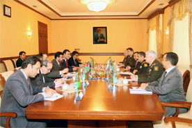 Photo: Azerbaijan, Afghanistan discuss military and political situation in region / Politics