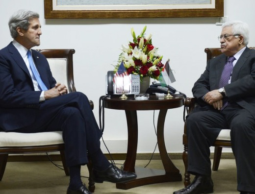 Photo: Kerry, Abbas to meet after peace talks collapse / Arab-Israel Relations