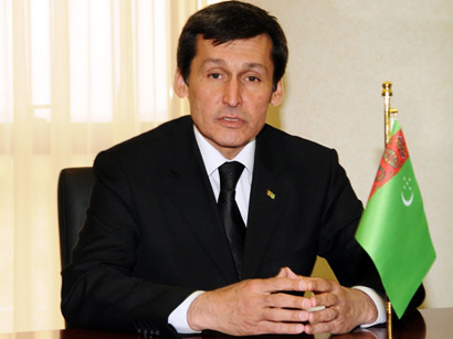 Photo: Turkmen FM arrives in Azerbaijan / Azerbaijan