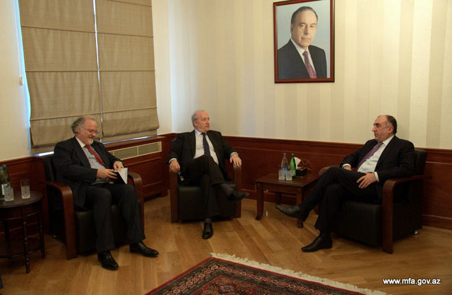 Photo: Azerbaijani FM meets with former French counterpart  / Politics