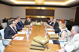 Photo: Nizami Ganjavi International Center`s management convenes in Baku / Politics