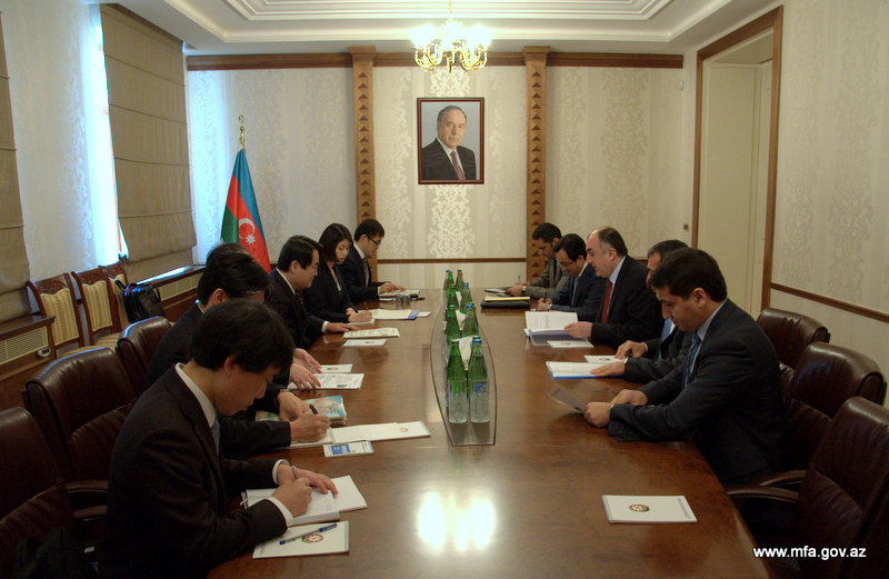Photo: Azerbaijan, Japan discuss cooperation prospects in several spheres / Politics