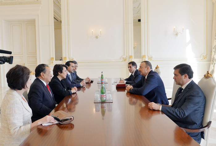 Photo: Azerbaijani president receives Honduran FM / Politics