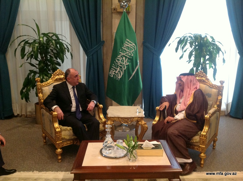 Photo: Azerbaijani FM meets with his Saudi Arabian counterpart / Politics