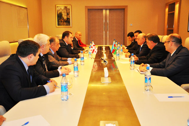 Photo: Azerbaijani minister of emergency situations meets with Georgian interior minister / Politics
