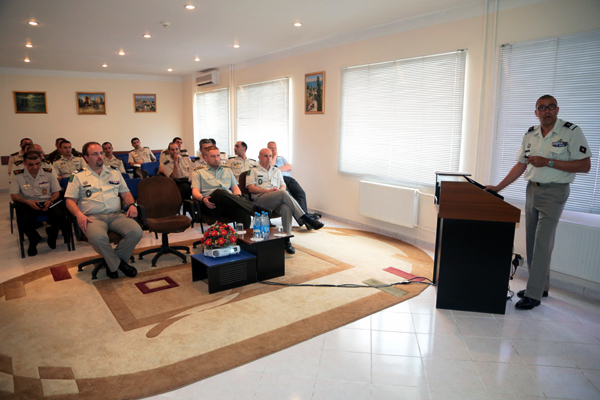 Photo: NATO holds training courses for Azerbaijani soldiers 
