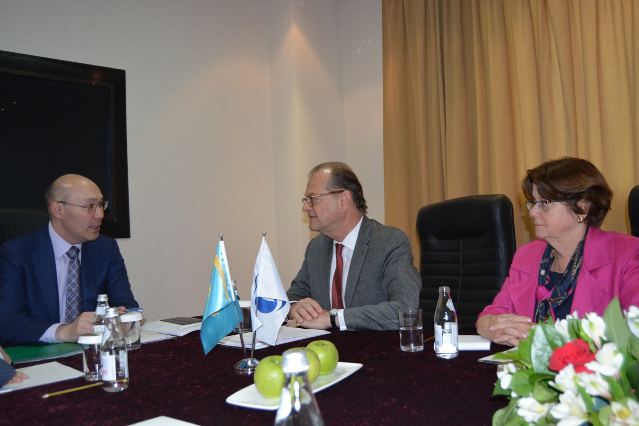 Photo: EBRD to increase lending in Kazakh national currency / Finance