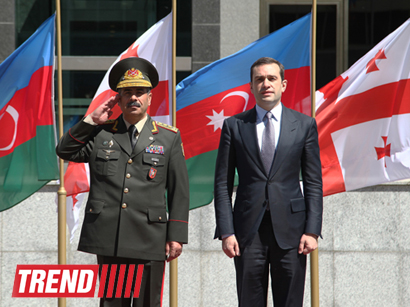 Photo: Azerbaijani and Georgian defense ministers arrive in Nakhchivan