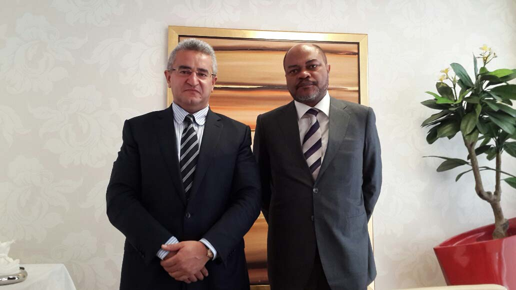 Photo: Azerbaijan, Angola discuss economic relations / Finance