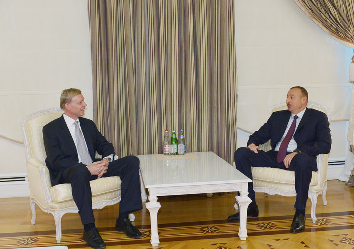 Photo: Azerbaijani president receives ambassador of Norway   / Politics