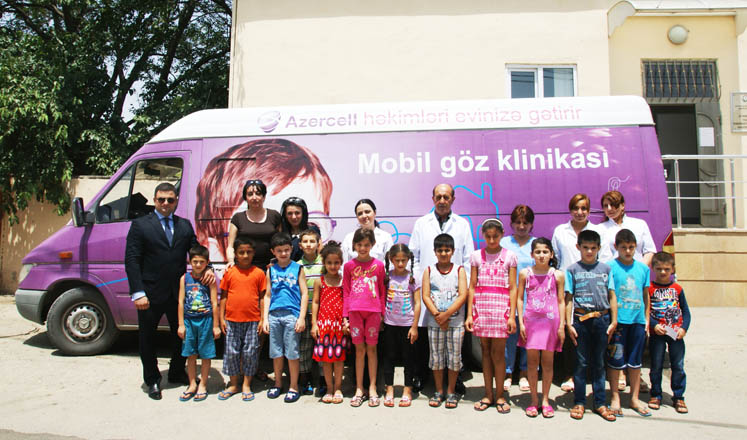 Photo: Azercell's Mobile Eye Clinic examines Lokbatan sanatorium residents and refugees / IT