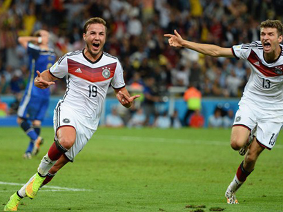Photo: Germany defeats Argentina and becomes World Champion / Society