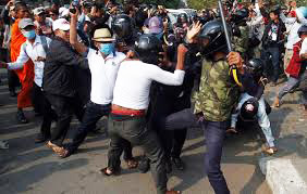 Photo: About 40 injured at Cambodia opposition protest