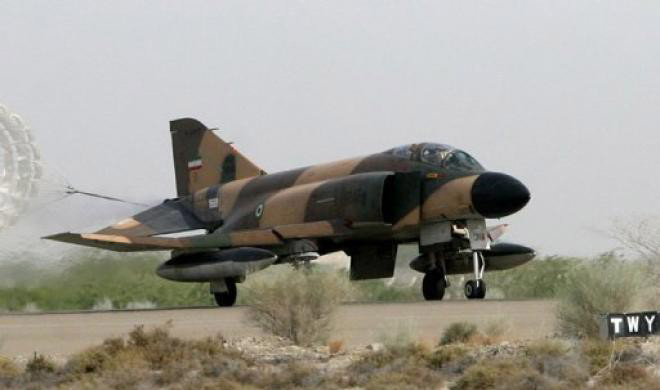 Photo: Iranian fighter jet crashes, killing pilots / Society