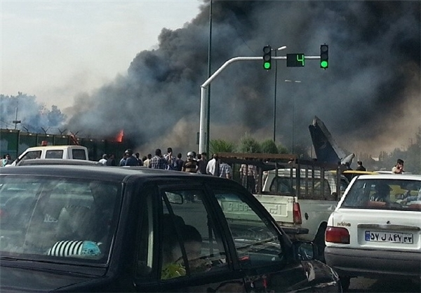 Photo: Three passengers manage to escape from aircraft crash in Tehran / Other News