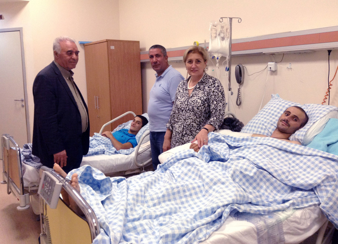 Photo: Reps of ruling Yeni Azerbaijan party visit Azerbaijani servicemen undergoing treatment in / Politics