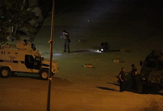 Türkiyədə polisə silahlı hücüm olub, 2 nəfər ölüb