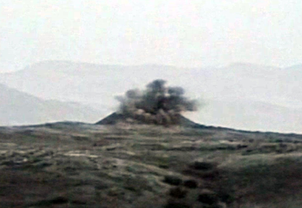 Azerbaijani army destroys Armenian command-and-observation post (VIDEO)