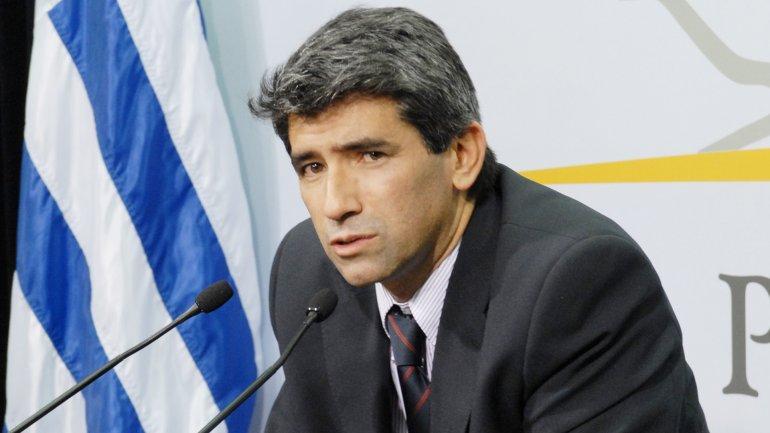Uruqvayın vitse-prezidenti korrupsiyada ittiham edildiyi üçün istefaya gedib
