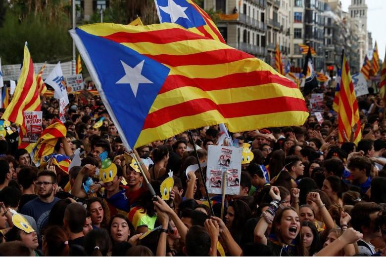 Kataloniya İspaniya ilə dialoqa hazırdır