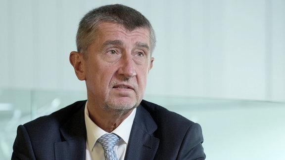 Czech PM Babis announces resignation of his minority government
