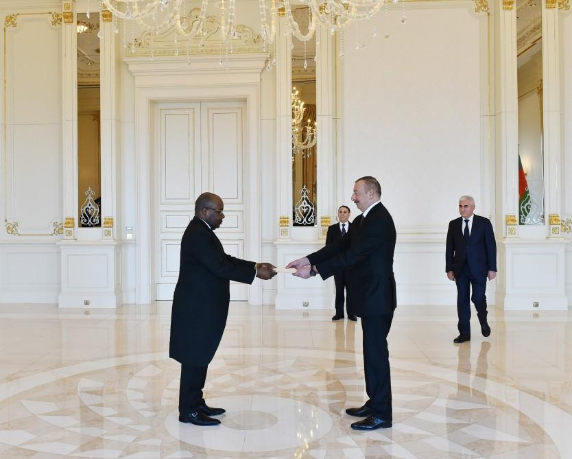 President Aliyev receives credentials of incoming ambassadors (PHOTO)