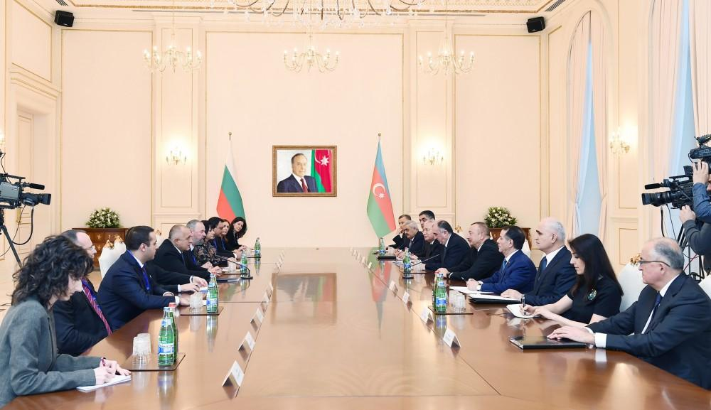 Azerbaijani president, Bulgarian PM meet in expanded format (PHOTO)