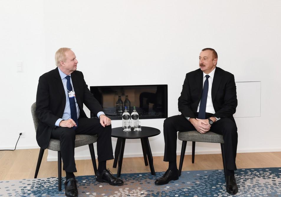 President Aliyev meets BP CEO Dudley in Davos (PHOTO)