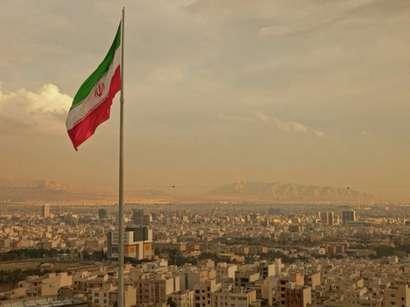 İranda havanın çirkliliyi təhlükəli həddə çatıb