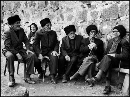 Azərbaycanın ən yaşlı sakininin adı Ginnesin rekordlar kitabına salına bilə ...