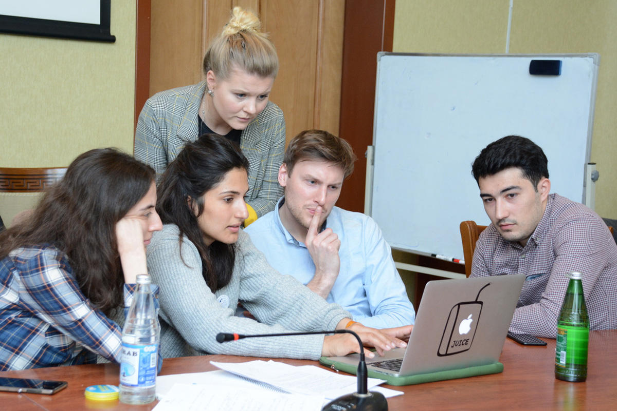 UNEC launches summer school together with Siegen University (PHOTO)