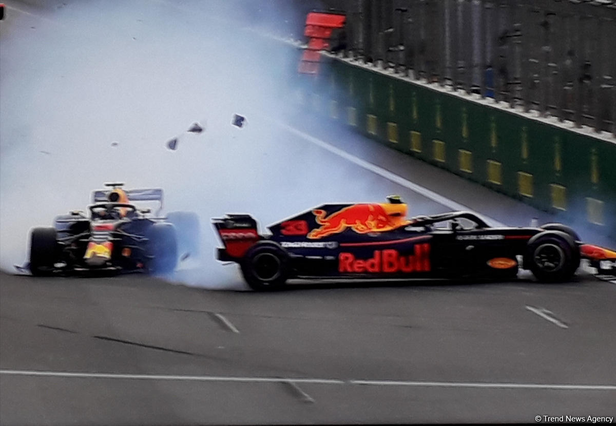 extraordinary accident in f1 azerbaijan grand prix in baku photo. Black Bedroom Furniture Sets. Home Design Ideas