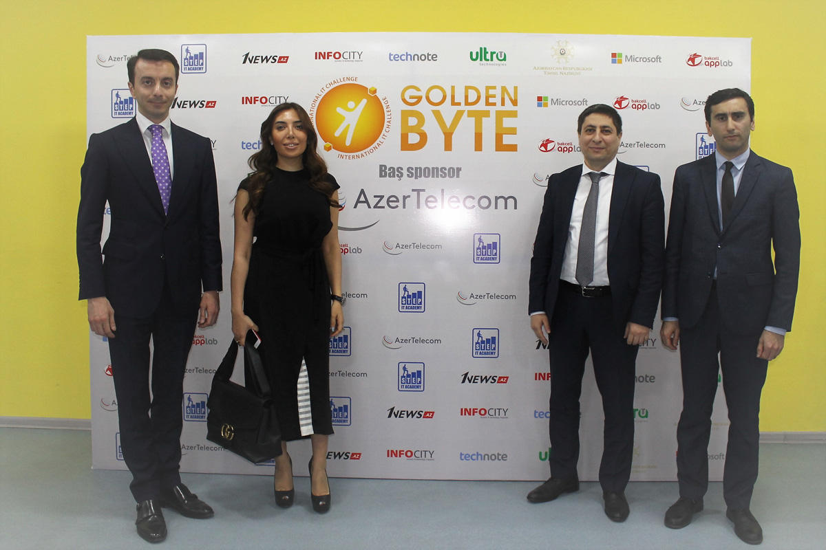 """AzerTelecom"" renders support to educational IT projects (PHOTO)"