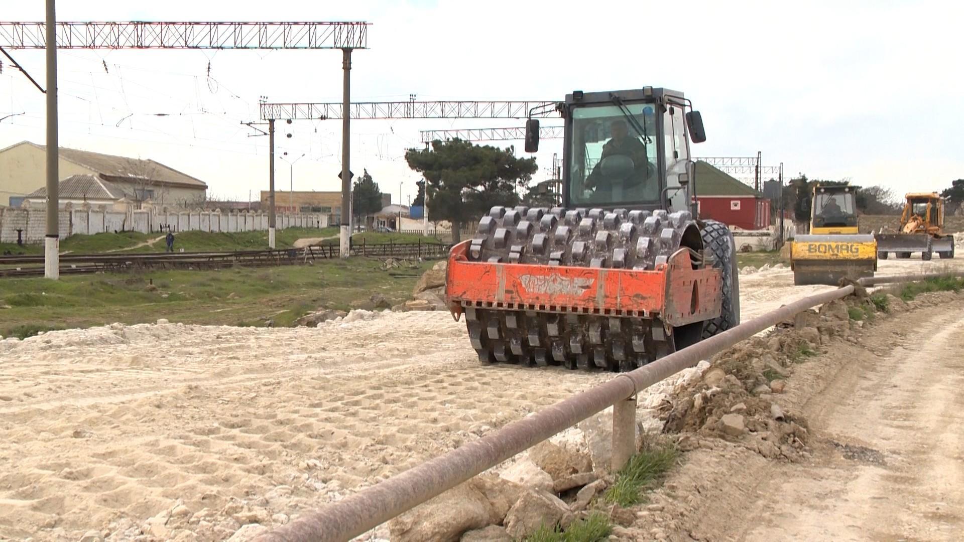 Mərdəkan-Qala avtomobil yolunun bərpası işləri aparılır (FOTO/VİDEO)