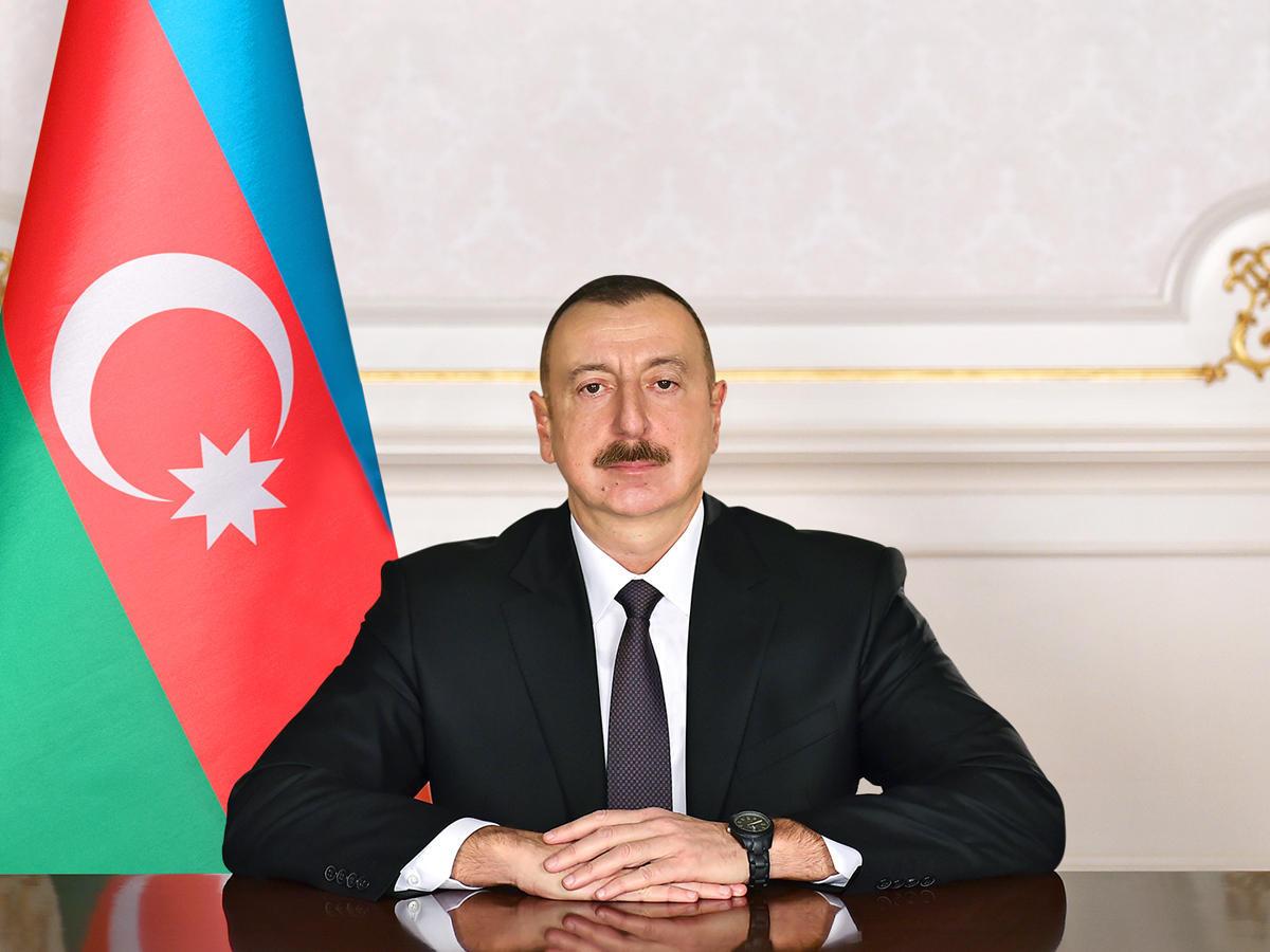 """Prezident İlham Əliyev 2019-cu ilin """"Nəsimi ili"""" elan edilməsi haqqında sər ..."""