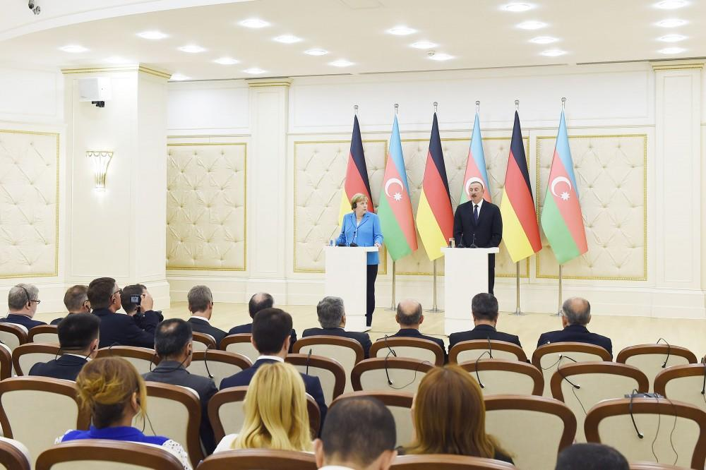 Ilham Aliyev, Angela Merkel hold joint press conference in Baku (PHOTO)