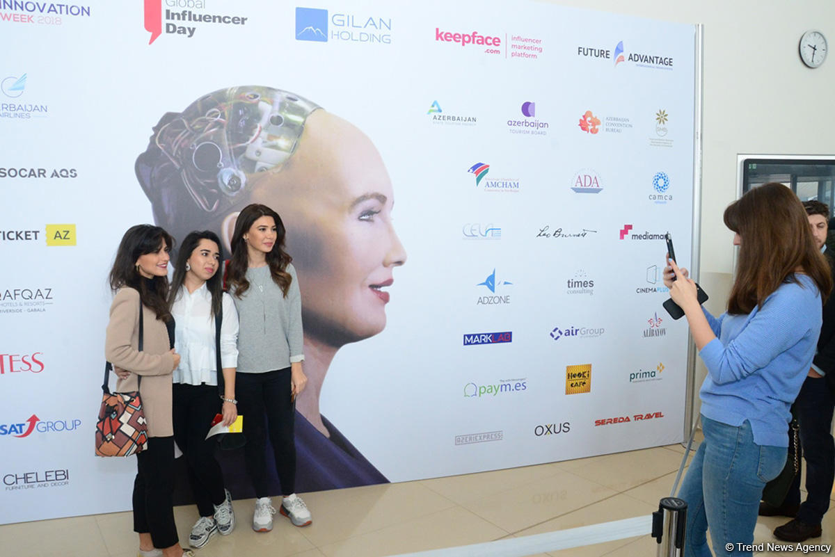 Robot Sophia: Azerbaijan has huge potential to transform into regional innovation hub (PHOTO/VIDEO)
