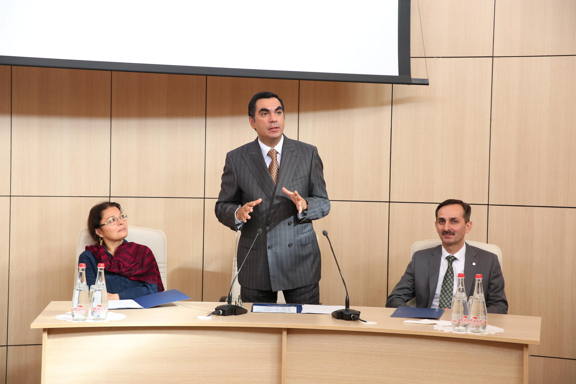 """""""Business education for engineers"""" project launched at Baku Higher Oil School (PHOTO)"""