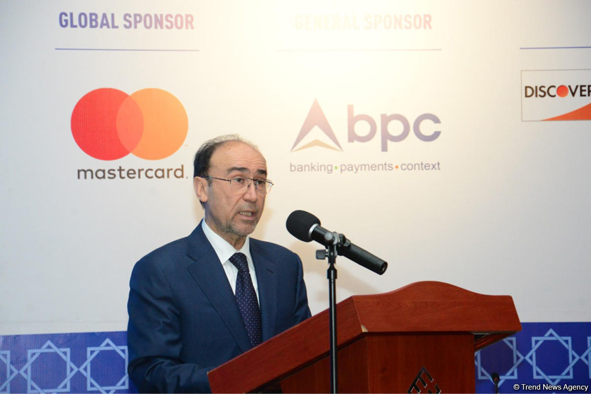 Central Bank: Share of cash payments to sharply decline in Azerbaijan (PHOTO)