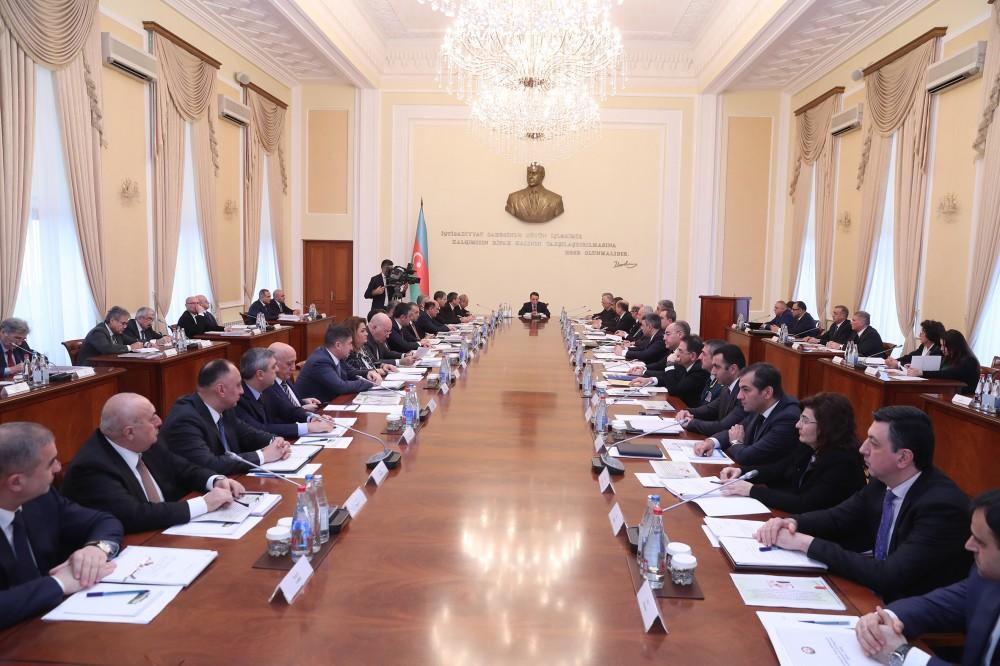 Azerbaijani Cabinet of Ministers holds meeting chaired by PM (PHOTO)