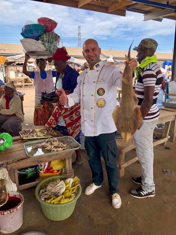 Удивительный повар Илькин Акберзаде: Когда на базаре началась перестрелка (ФОТО)