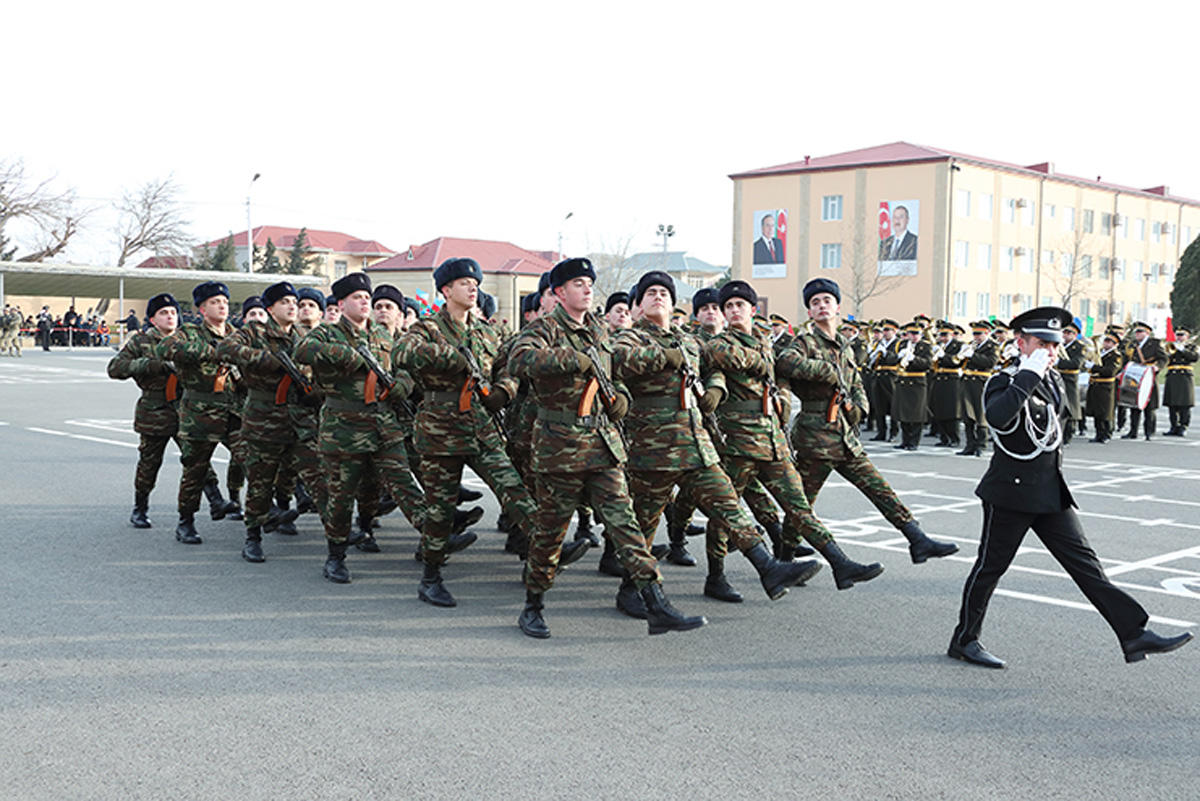 Azerbaijani soldiers participate in oath-taking ceremony (PHOTO)