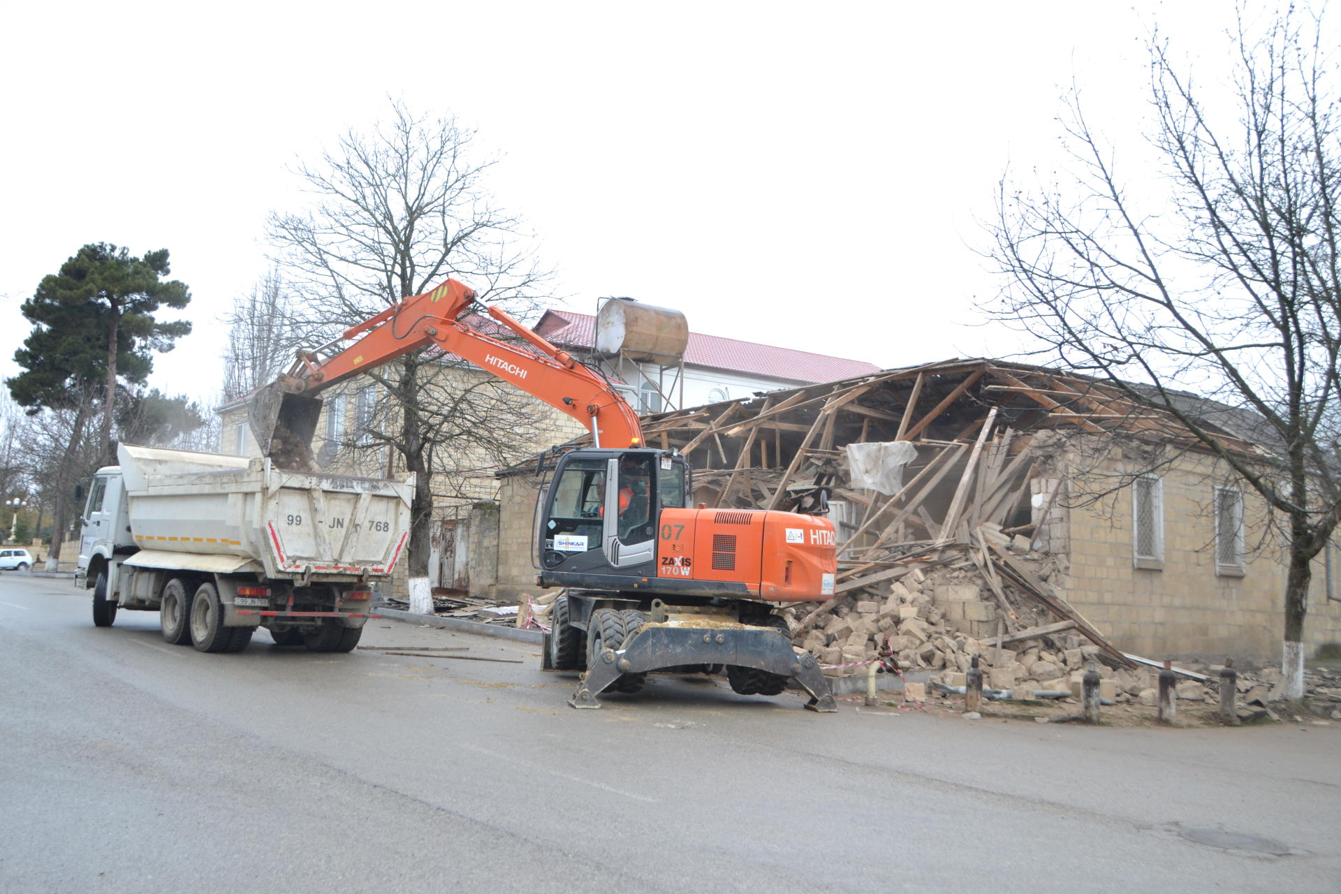 Reconstruction of earthquake-affected houses begins in Shamakhi (PHOTOS)