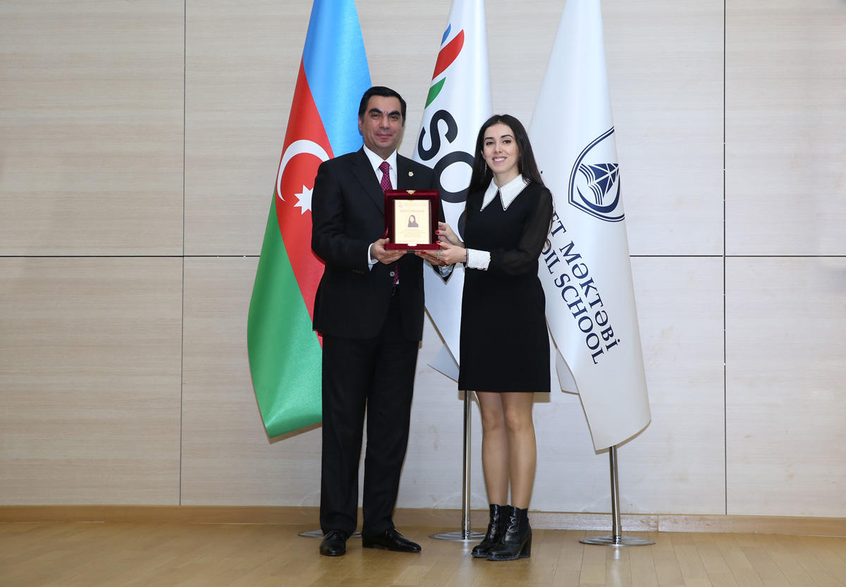International Women's Day celebrated at Baku Higher Oil School (PHOTO)