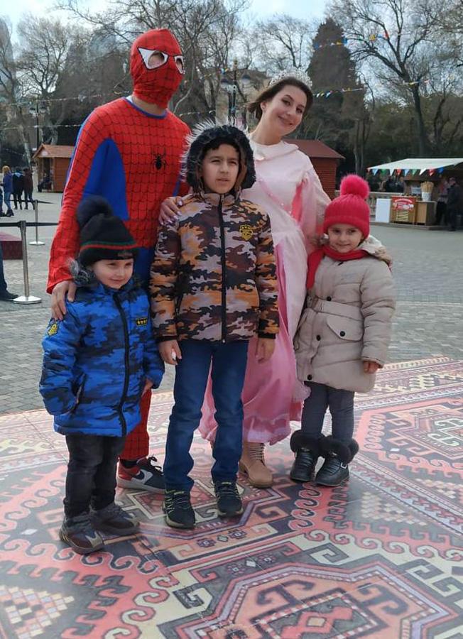 Весенняя сказка на Бакинском бульваре (ФОТО)