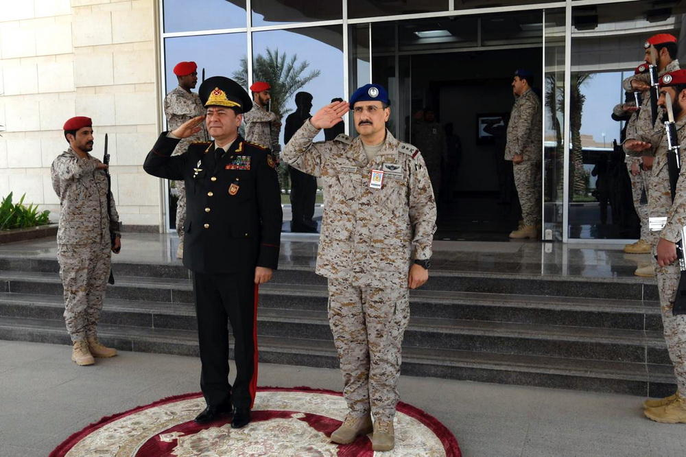 General Staff Chief of Azerbaijani Armed Forces visits Saudi Air Force Operational Center (PHOTO)