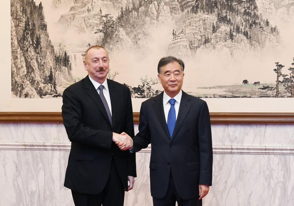 President Aliyev meets member of Political Bureau of Communist Party of China Central Committee (PHOTO)