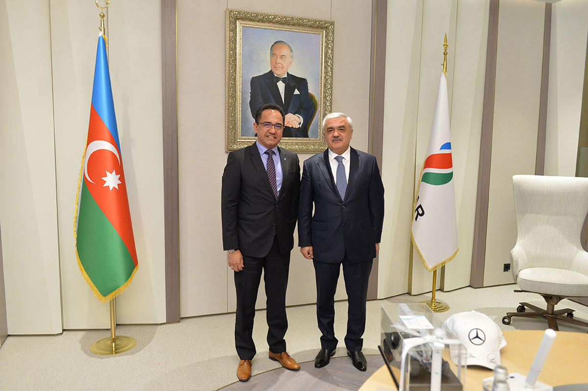SOCAR, Petronas discuss matters of partnership (PHOTO)