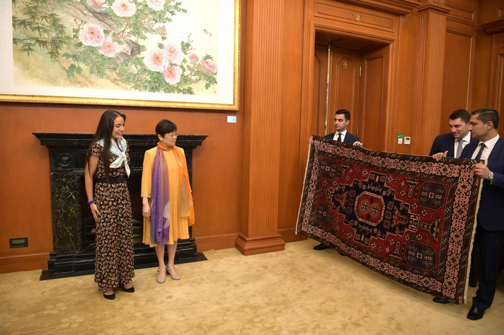 Leyla Aliyeva meets with president of Chinese People's Association for Friendship with Foreign Countries in Beijing (PHOTO)